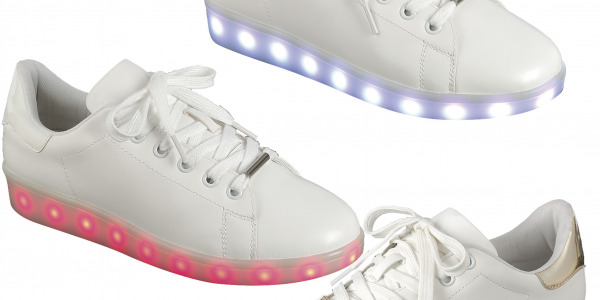 Women Shiny Back LED Low Top Sneakers
